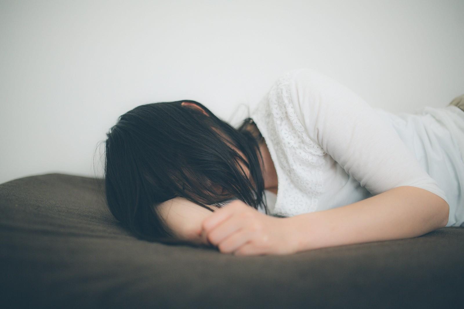 首を自然に反らせて心地よい寝姿勢に